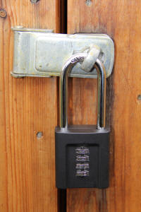 outdoor combination padlocks